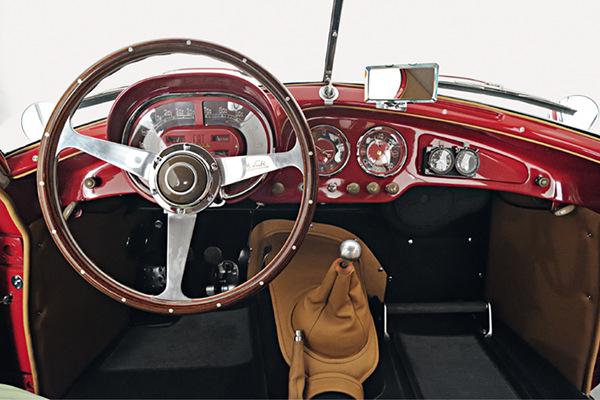 1953-Fiat-8V-Series-1-Berlinetta-3