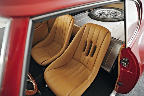 1953-Fiat-8V-Series-1-Berlinetta-6